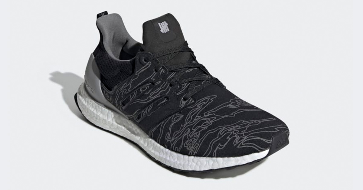 Undefeated-x-Adidas-Ultra-Boost-Sort-BC0472-02